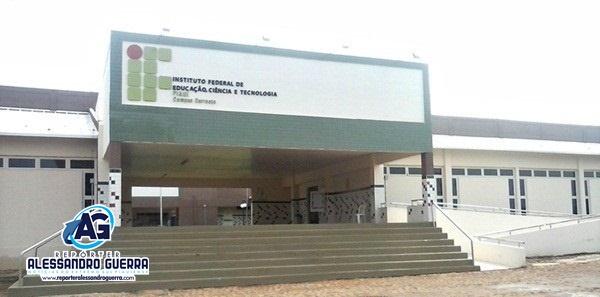 IFPI Corrente oferece 160 vagas em exame classificatório