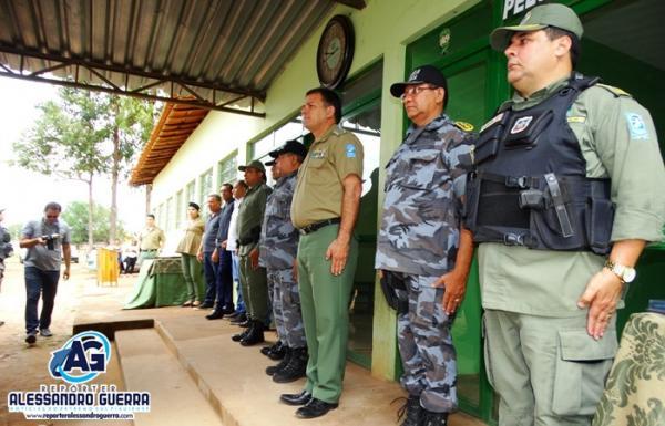 Comandante-geral da PM participa de solenidades em Corrente