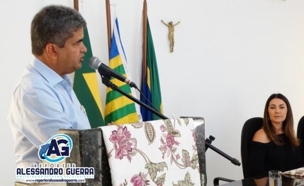 Prefeito de Corrente cobra do Governo do Estado construção da estrada das Mangabeiras