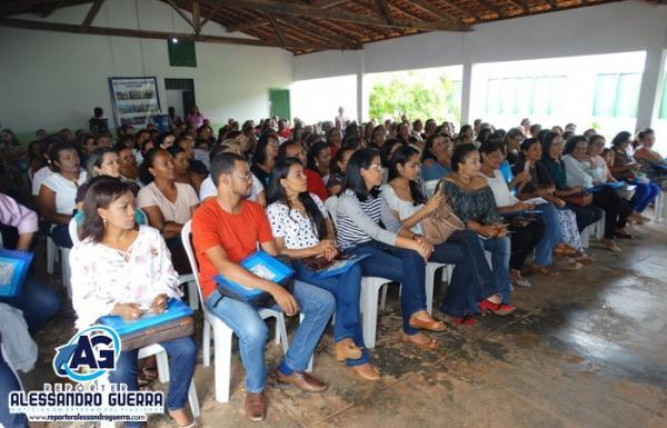 Prefeitura Municipal através da SEMEEC realiza Encontro Pedagógico 2018