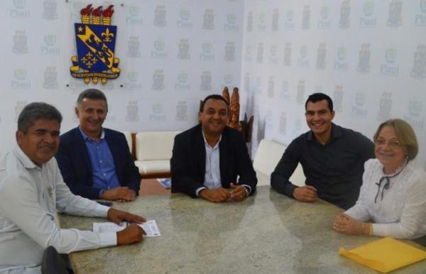 UESPI e prefeitura de Corrente reafirmam parceria para a segunda etapa do PIID