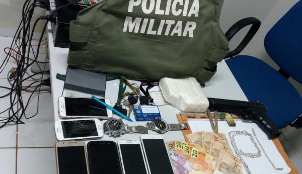 PM prende 5 homens com drogas, motos e um carro em Gilbués