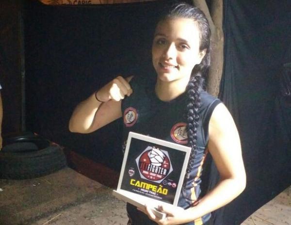 Atleta de Corrente vence desafio de Muay Thai na Bahia