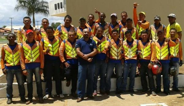 Associação dos Mototaxistas de Corrente realiza eleição para nova diretoria