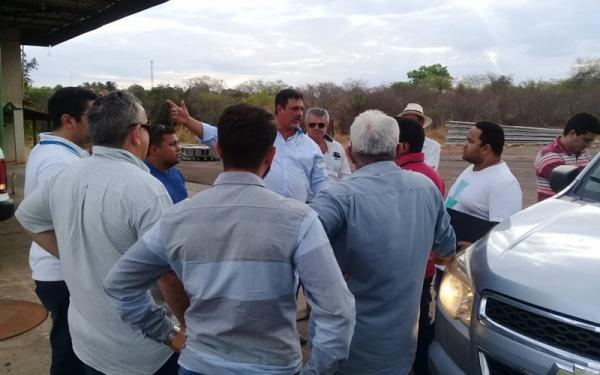 Ariano Messias busca solução para eletrificação rural no município de Cristalândia do Piauí