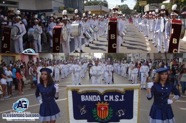 Desfile cívico do Instituto Batista Correntino e São José marca 7 de setembro em Corrente