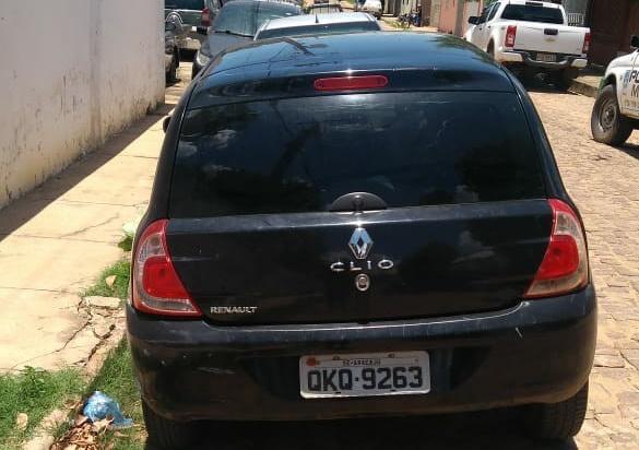 PM recupera veículo com ocorrência de roubo entre Curimatá e Redenção do Gurguéia