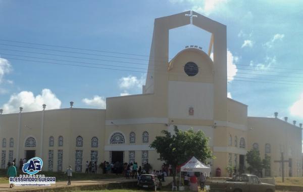 Paróquia Divino Espírito Santo celebra 4 anos de criação