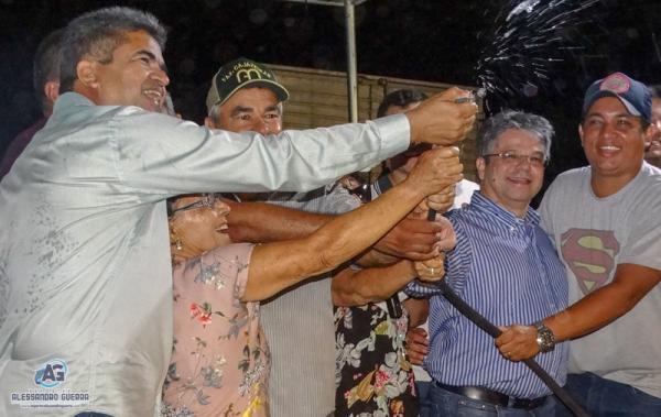 Prefeitura inaugura sistema de abastecimento de água na localidade Calumbi