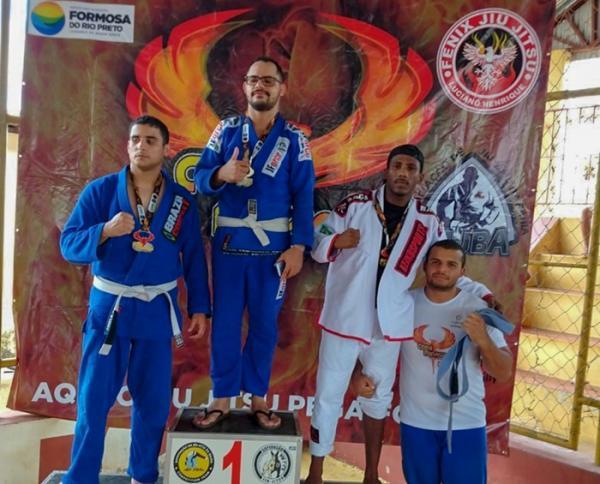 Jiu-Jitsu Correntino demonstra força em copa na Bahia