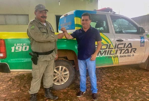 Município de Riacho Frio é contemplado com viatura policial
