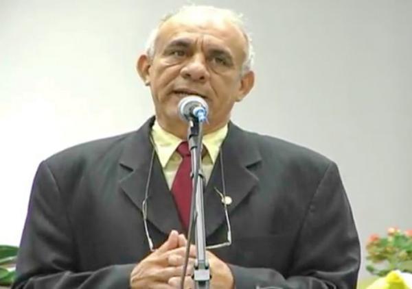 Morre em acidente automobilístico o pastor Carvalho, irmão de Edilson de Araújo