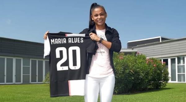 De Cristalândia para o Mundo: Maria Alves assina contrato com a Juventus