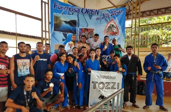 Triunfo dos atletas Correntinos e Sebarienses de Jiu- Jitsu no Open Formosa-BA 2ª Edição