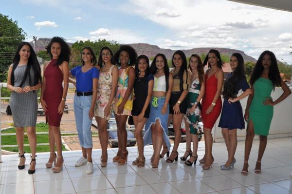 Conheça as 12 candidatas ao título de Miss Corrente 2019