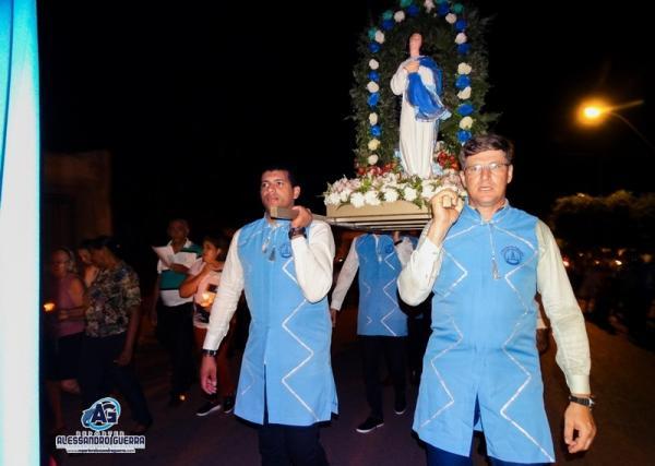 Procissão encerra festa de Nossa Senhora da Conceição em Corrente
