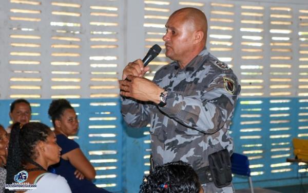 Reunião define tratativas sobre a Escola Estilo Militar em Corrente