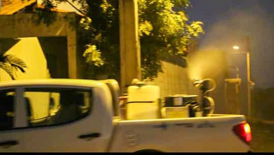 Fumacê contra a dengue passa por ruas e avenidas de Corrente