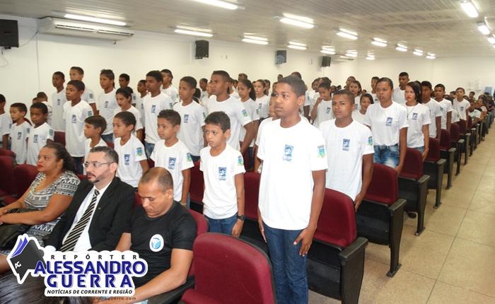 Polícia Militar promove aula inaugural do Projeto Pelotão Mirim em Corrente