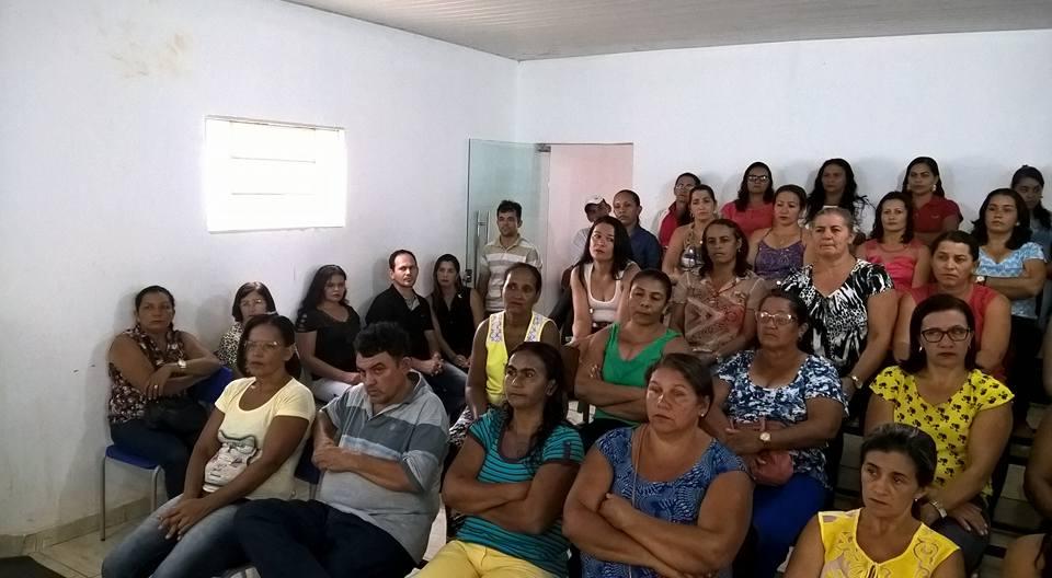 Após 31 dias, servidores da educação decidem encerrar greve em Sebastião Barros