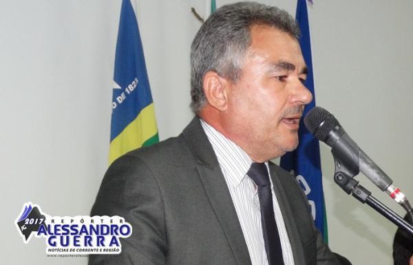 Vereador denuncia diárias imorais na câmara municipal de Corrente
