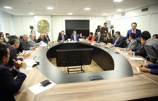 Governo Federal se compromete em liberar R$ 30 milhões para alargamento da BR- 135