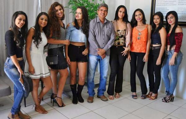 Conheça as 8 finalistas do concurso Miss ExpoCorrente