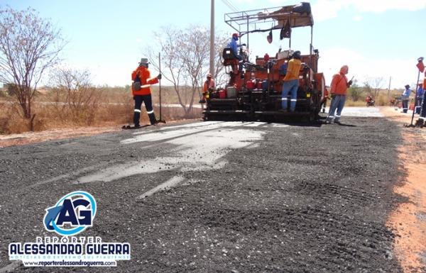 Prefeitura de Corrente inicia obras de pavimentação asfáltica em várias Ruas da cidade