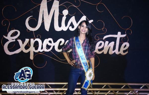 Bruna Magalhães é eleita Miss ExpoCorrente 2017