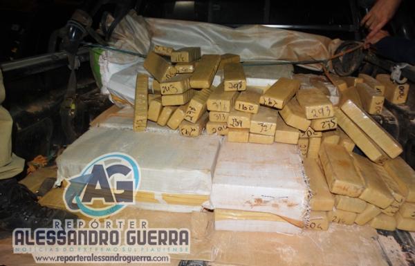 PRF apreende 255 kg de maconha  na divisa do Piauí com a Bahia