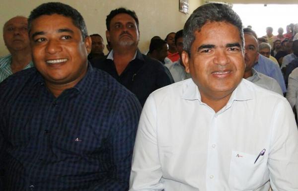 Prefeitos de Corrente, Cristalândia e Sebastião Barros participam de encontro com lideranças estaduais sobre a BR- 135