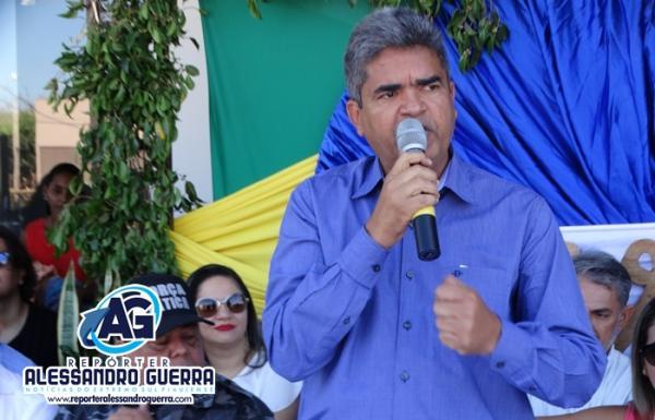 Prefeito agradece a câmara e diz que parceria é importante para o desenvolvimento do município